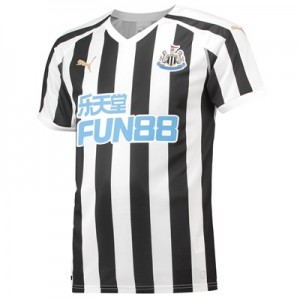 Newcastle United Home Shirt 2018-19 - Outsize