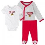 Chicago Blackhawks Bodysuit 3 Piece Set - Newborn